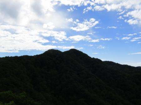 200909鈴ヶ岳・鷹巣 (25)鍬柄山s
