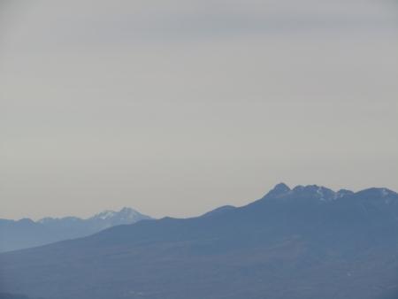 201101鼻曲山・満天山 (23)甲斐駒・赤岳s