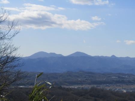 210223浅間山~猪ノ毛山 (10)御荷鉾山s