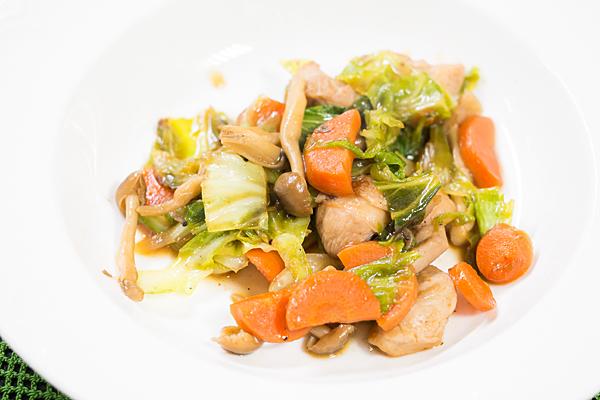 鶏肉と野菜炒め