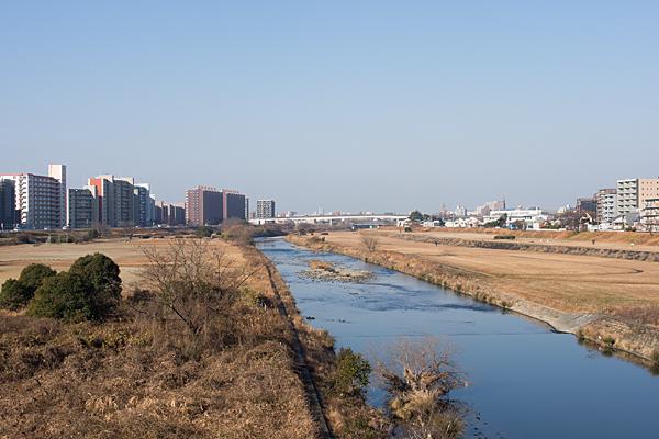 矢田川冬風景