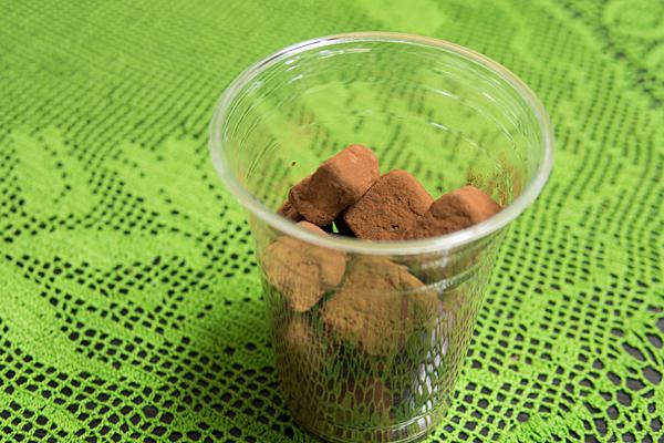 生チョコ透明カップ