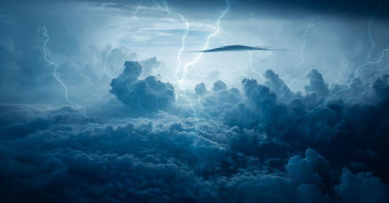 lightning-3652193_1920_20200325.jpg