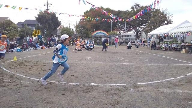 娘、運動会で走る
