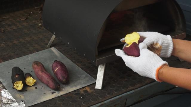 KABUTO カブト ピザ窯で焼き芋を焼く