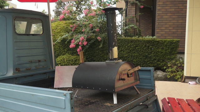 KABUTO カブト ピザ窯を載せたピアジオ