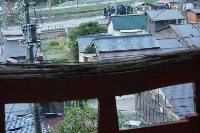 若宮神社から奈良井宿のÇ12 199を見る