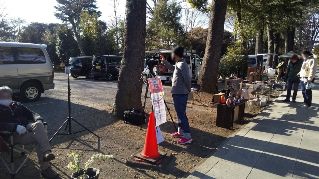テレ東のカメラが立川の諏訪神社に