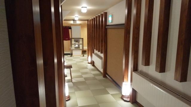 新装なった、ひらゆの森 宿泊者用大浴場の入口