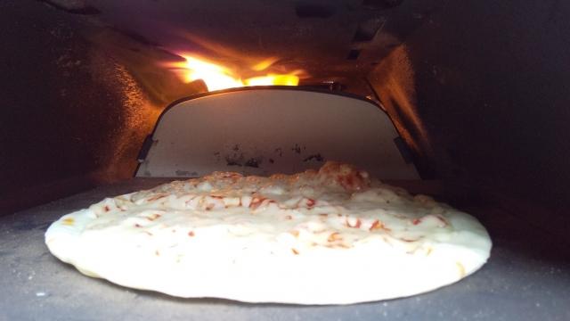 さー今日もピザを焼きますよ!