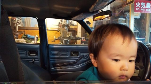 ルーチェから汽車を覗く息子