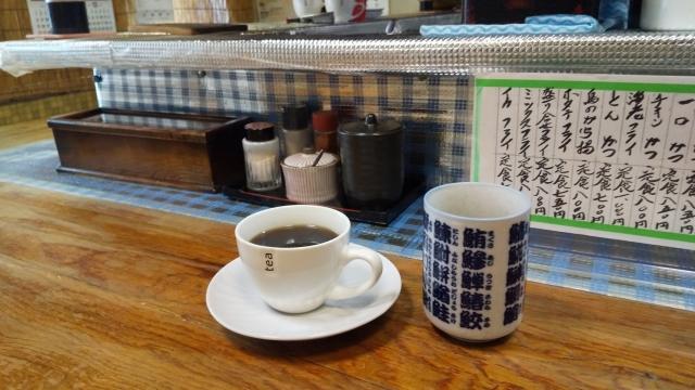 コーヒーとお茶を頂きました