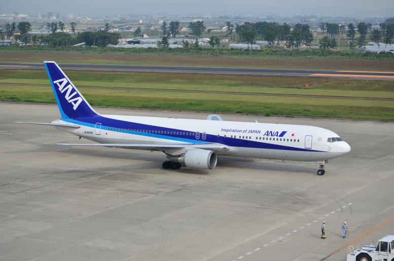 9/24-26 仙台まるごとパスでゆく仙台・宮城の旅 その3(仙台空港→仙台) 仙台空港で飛行機を眺めるよ