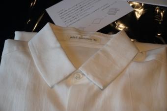 ミナペルホネンのシャツ2