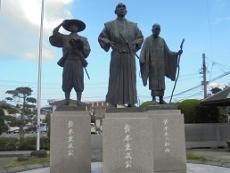 ブログ2鈴木様の像