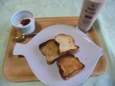 ブログ5トーストの朝食