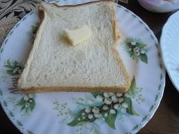 ブログ12食パン