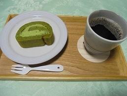 ブログ16抹茶ロールケーキセット