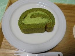 ブログ19抹茶ロールケーキ