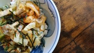 20200811海鮮かき揚げ丼とイワシの天ぷら。