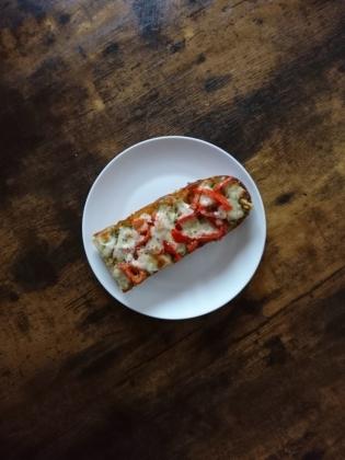 20201213ガーリックバジルトマトピザフランス