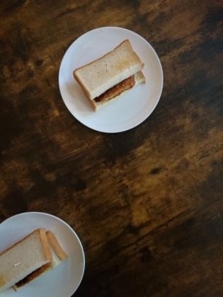 20201231とんカツサンドトースト(チーズ入り)。