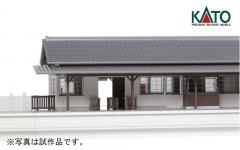 ローカル線の小形駅舎_改札