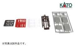ローカル線の小形駅舎_構内