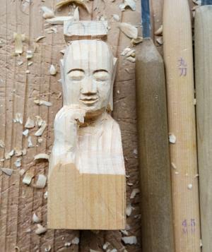 中宮寺菩薩半跏像仏頭練習
