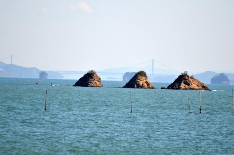 三ツ山と瀬戸大橋9013