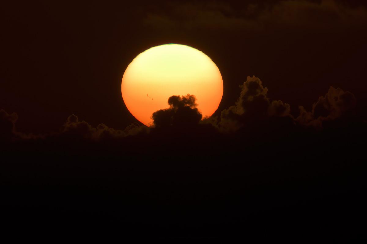 sunset_201108_d500_0436_1200.jpg