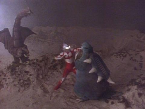 『ウルトラマングレート』 第13話 「永遠(とわ)なる勇者-伝説2大怪獣登場-」(原題:Nemesis)