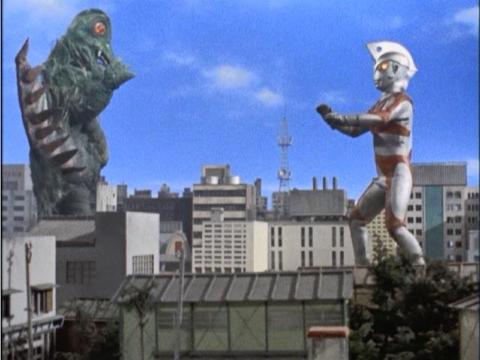 『ウルトラマンA』 第9話 「超獣10万匹! 奇襲計画」