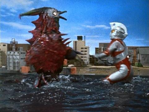 『ウルトラマンA』 第18話 「鳩を返せ!」