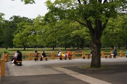 1.代々木公園:人々-100D 2104q