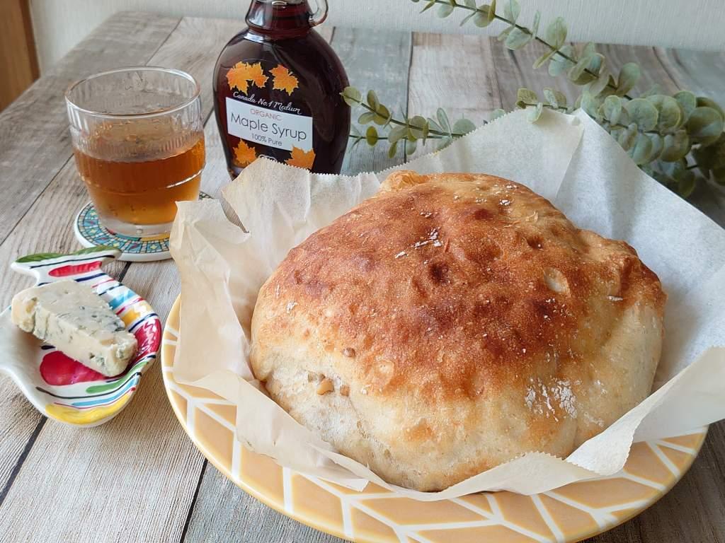 おうち時間☆バーミキュラでパンを焼く!!「しっとりもちもちハードパンくるみ」