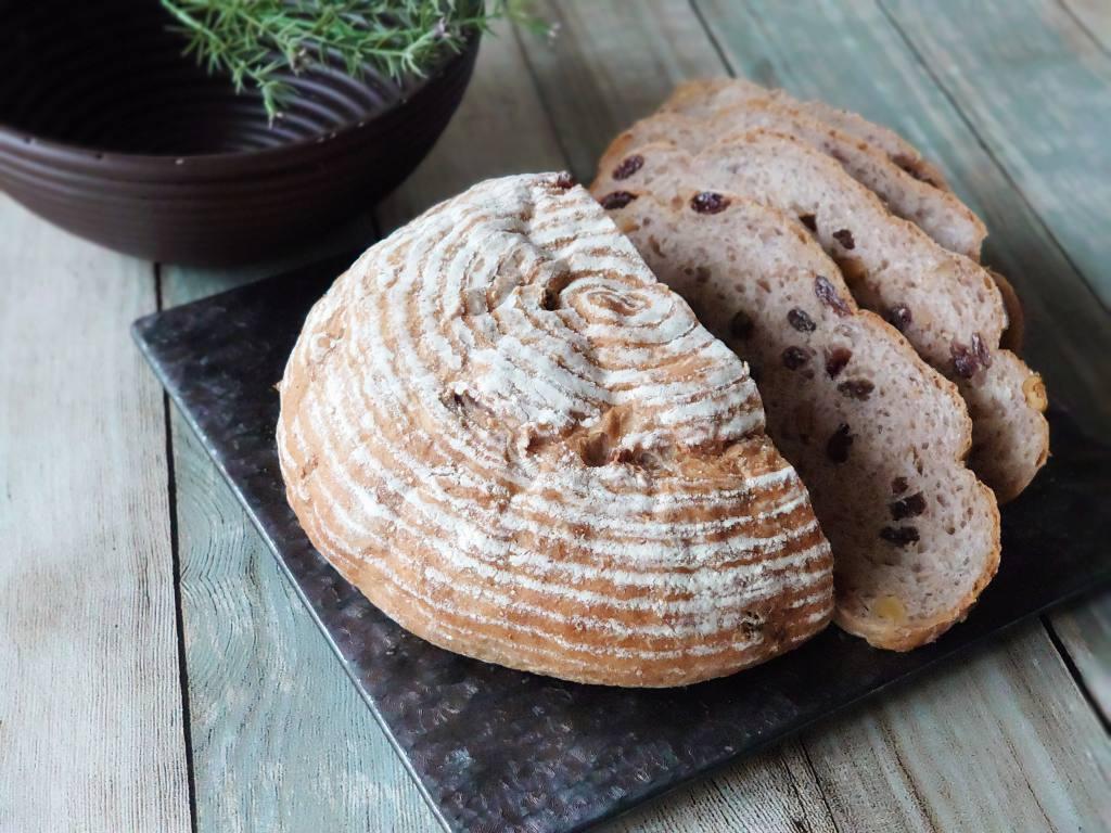 「洗える発酵かご」プラスチック製でいつも清潔!パンの模様もばっちり。