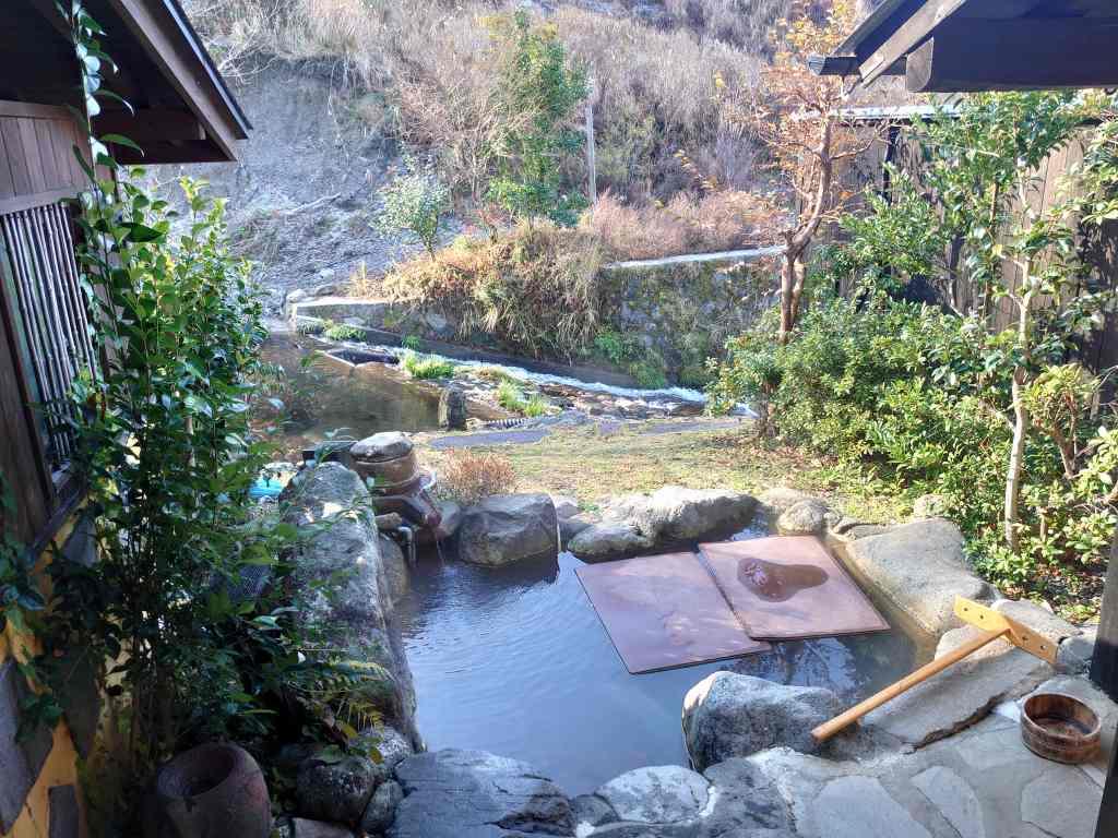 熊本県☆黒川温泉の宿「帆山亭」11室の個性的な離れ宿!源泉かけ流し温泉付