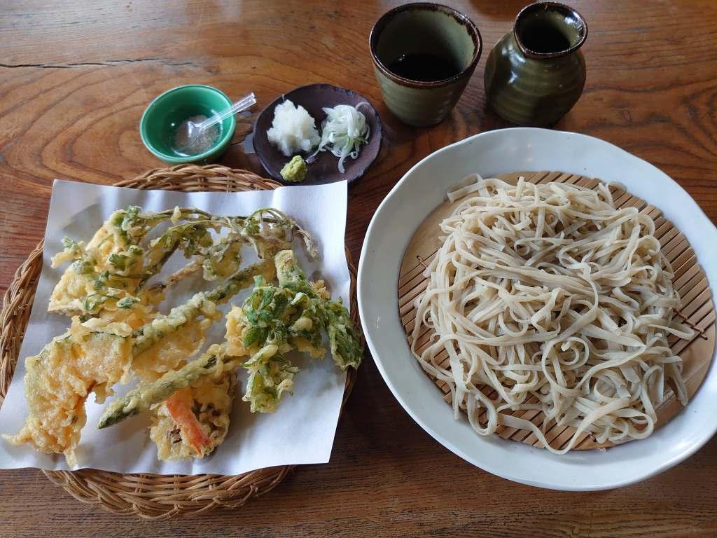 「白川そば隠庵(熊本県南小国町)」白川温泉の隠れ家的蕎麦店!人気の天ぷら蕎麦をいただきました