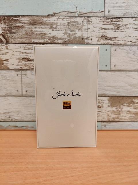 「JadeAudio EA1」外箱